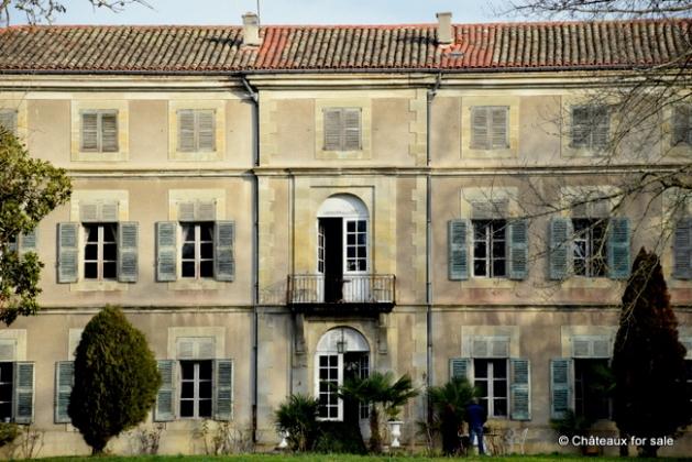 Chateau for sale Canal du Midi