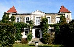 Carcassonne château for sale